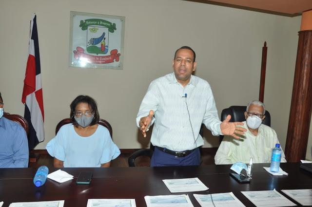 Ayuntamiento de Tamboril anuncia pago nómina adelantada.